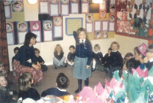Sian has taught children aged between 4 and 18. Here she is in 1988 teaching a class of 4 and 5 years old in England.